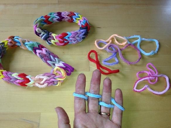 anna finger weaving 3